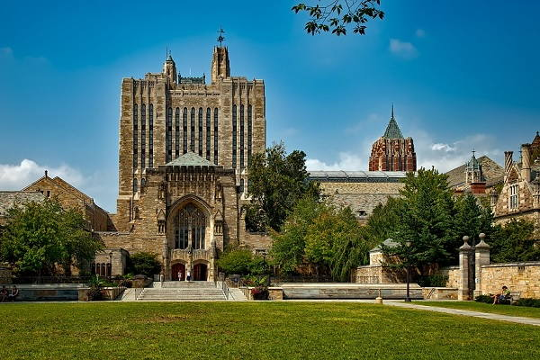 How to get into Yale University
